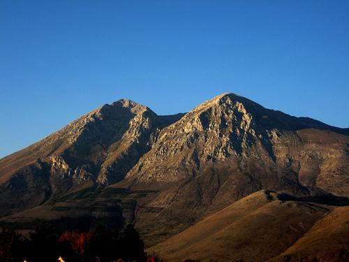 """Escursioni guidate: """"Dalle pendici alla vetta del Monte Velino"""""""