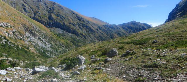 Escursione guidata sul Monte Il Bicchero (2161 m)